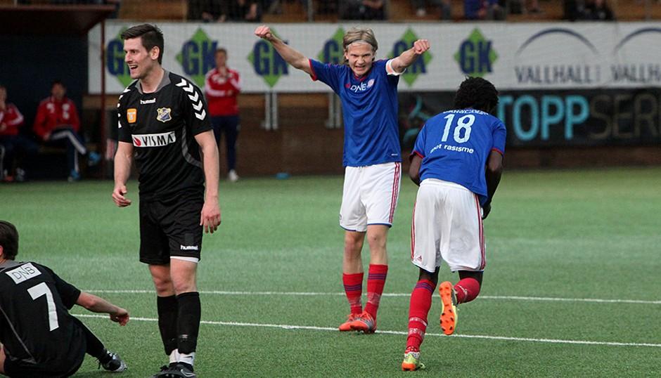 Simen Hestnes og Moussa Nije er med i troppen for Vålerenga 2 mot Kjelsås. Foto: vif-fotball.no.