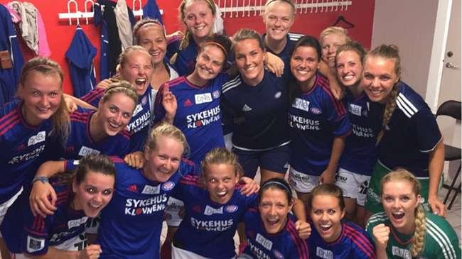 Damelaget med en overbevisende seier i helga. Foto: Vif-fotball.no