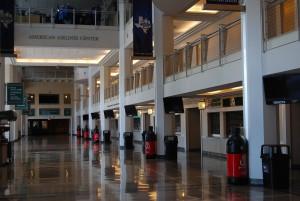 Kisoker på rekke og rad i American Airlines Center i Dallas, Texas. Foto: FrankO