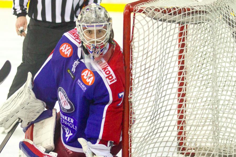 En solid Steffen Søberg er viktig når semifinaleserien mot Lørenskog begynner. Foto: Grydis.no