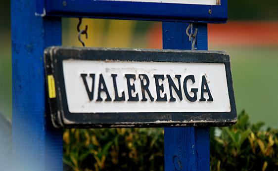 Skiltet du skal se etter for å finne Vålerengas treningsbane på La Manga. Foto: Vif-fotball.no