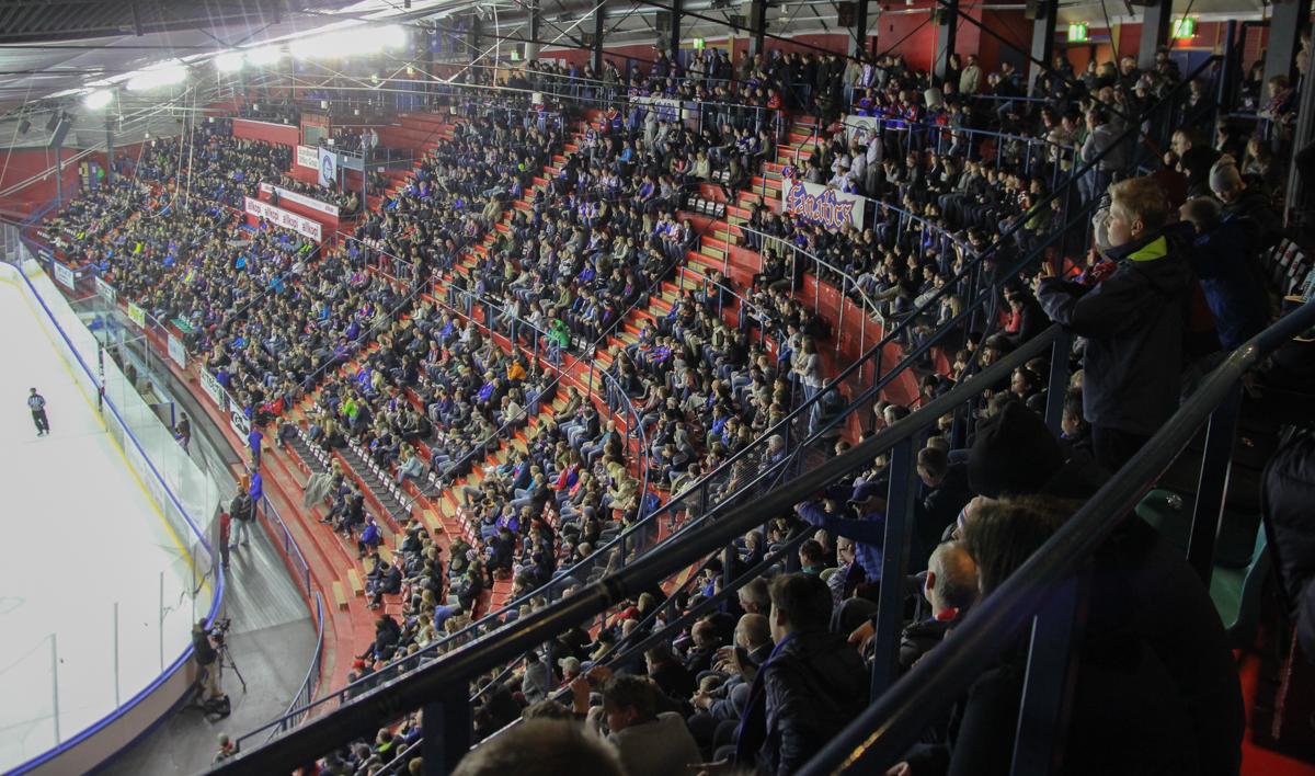 Fullt Jordal til semifinale 4? Foto: Kevin Skjøthaug